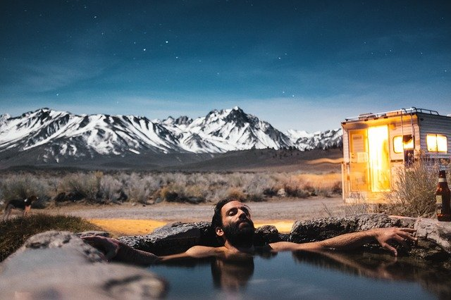The Benefits Of Hot Tub Therapy After A Long Hunt